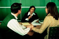 Cuidado con agencias asesoras de crédito