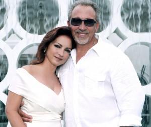 Gloria and Emilio Estefan (Photocredit: Jesus Carrero).