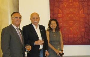 Maestro Carlos Colombino, Vicente Alcaraz Pte. de CosmoArte Siglo XXV y Mónica Sarmiento Castillo ok