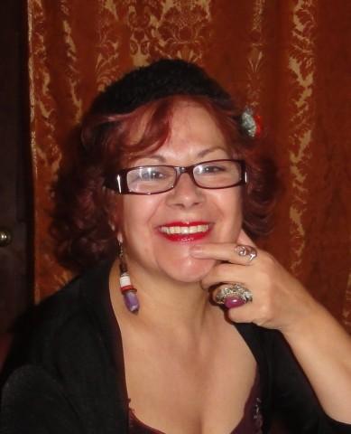 Margarita Drago presenta `Con la memoria al ras de la garganta'