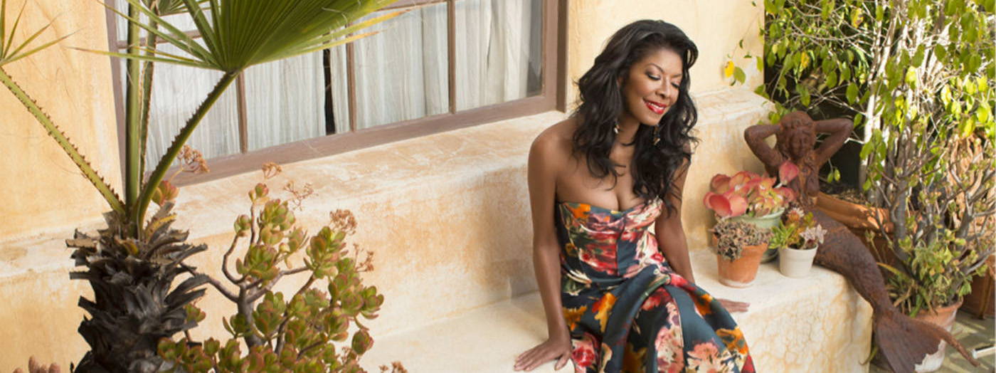 Natalie Cole en español homenaje a la música latina