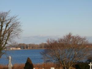 Al fondo se aprecia la costa de Hart Island. Foto tomada desde City Island. (NYdigital)