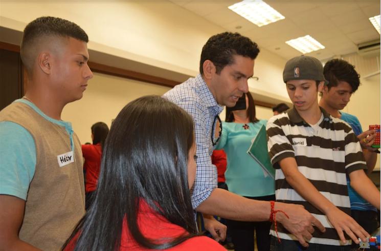 Becas para jóvenes latinoamericanos en Estados Unidos